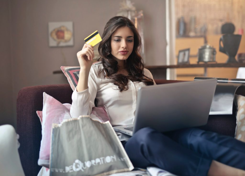 woman buying ecommerce